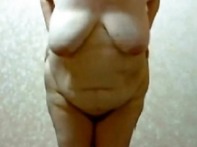 Stefany jumping up plus down big breast naked