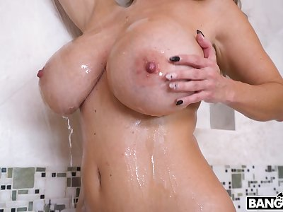 Latina mom fucks in crazy scenes in make an issue of balance make an issue of last drop
