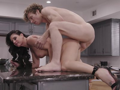 Deep fucking his horny stepmom after gagging her
