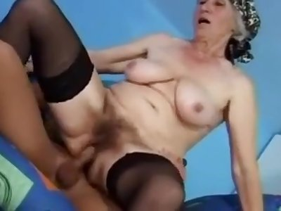 Granny suck and fuck