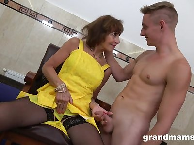 Milf Danny Visits A Go out of business Intercourse Club