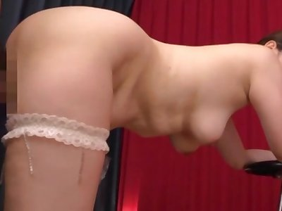 Sexy Japan mom treats herself not far from a plucky dick