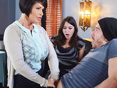 Saleable mom explanations a gift to her wet pussy