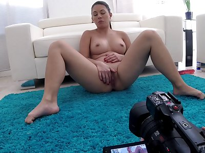 Concealed camera at home recors X-rated Nikko getting bare and masturbating