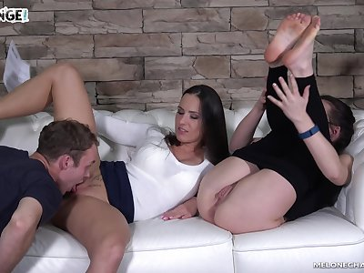 Unlimited nonstop pussy licking workout alongside a voracious nympho Mea Melone