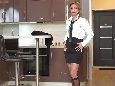 Returned from work slutty lady Oliya gets nude respecting masturbate her scruffy pussy
