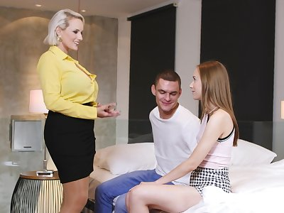 Mature likes daughter's boyfriend so much that she wants in all directions join the fun