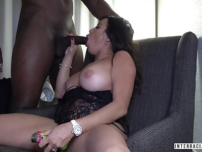 Bauble conceded lady Julianna Vega just loves topping fat big blackguardly cock