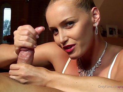 superb goddess handjobs locate - Kathia Nobili