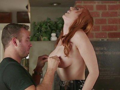 Hubby bangs her pussy so hard that the redhead cums in quickly