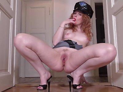 monita - Redhead milf police