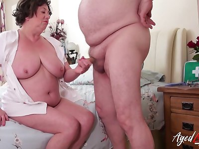 AgedLovE Mature Lady Trisha Hardcore Stretching