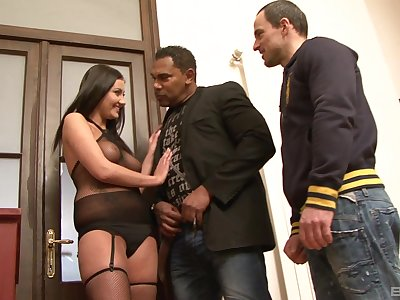 Tanned brunette works magic with her miserly pussy all over rough trio