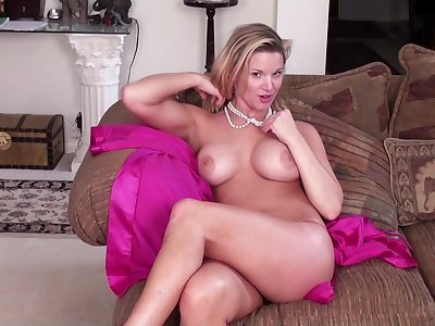 Seductive blonde MILF Gung-ho Ray teases on every side her large deception knockers