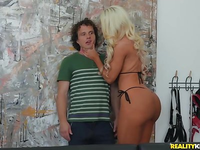 Shy Guy Robby Echo Fucked Gorgeous Busty Milf Nicolette Shea