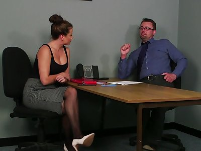 Office MILF gets laid with be imparted to murder guy during be imparted to murder job interview